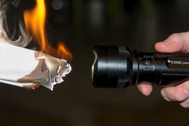 wicked lasers flash torch review