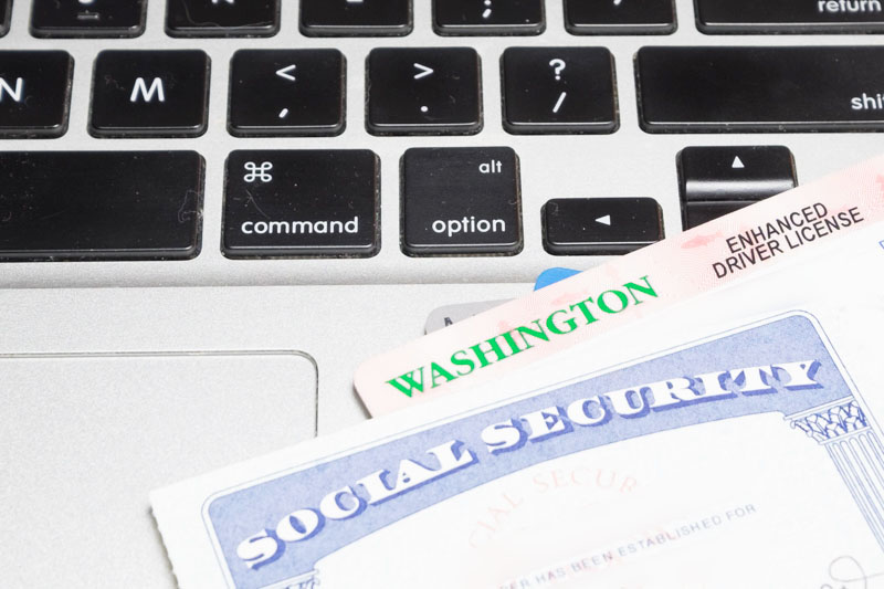 identity theft protection companies reviews