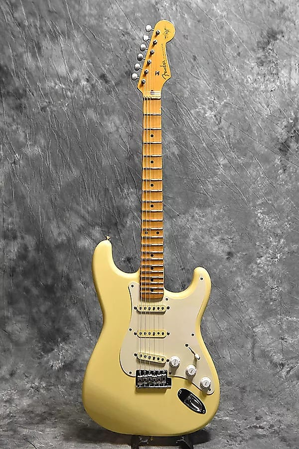 yngwie malmsteen signature guitar review