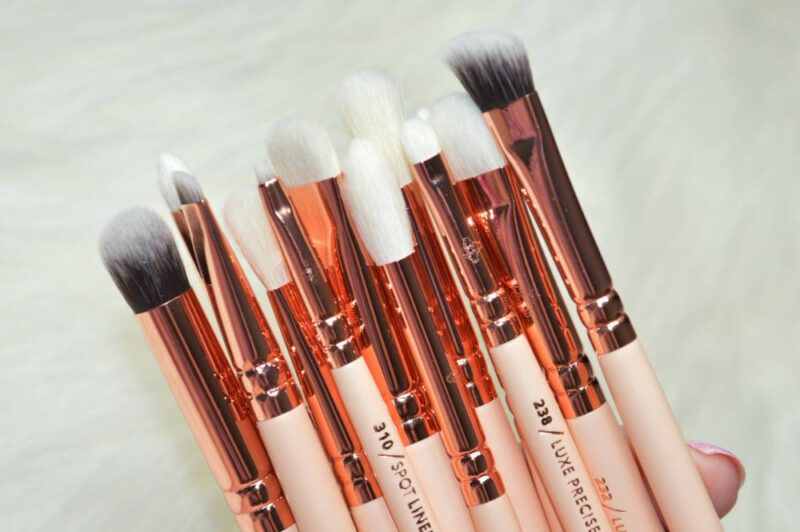 lamora eye brush set review